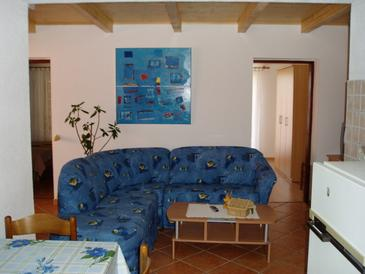 Rovinj, Living room in the apartment, dopusteni kucni ljubimci.
