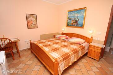 Premantura, Bedroom in the room, dopusteni kucni ljubimci i WIFI.