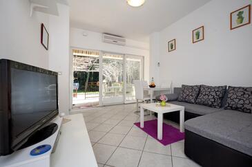 Poreč, Jídelna v ubytování typu apartment, s klimatizací a WiFi.