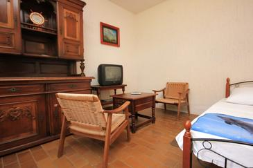 Pješčana Uvala, Jadalnia w zakwaterowaniu typu studio-apartment.