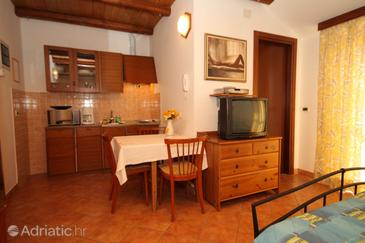 Rovinj, Dining room in the studio-apartment, dopusteni kucni ljubimci i WIFI.