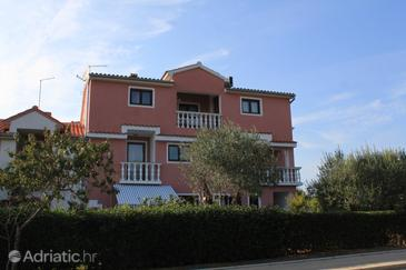 Rovinj, Rovinj, Объект 2230 - Апартаменты с галечным пляжем.