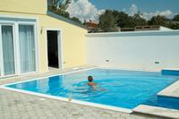 Rooms with a swimming pool Peroj (Fažana) - 2235