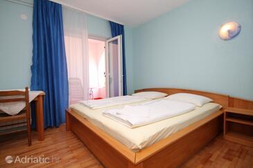 Peroj, Спальня в размещении типа room, Домашние животные допускаются и WiFi.