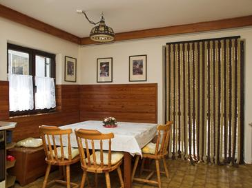 Premantura, Dining room in the apartment, dopusteni kucni ljubimci i WIFI.