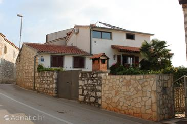 Vrsar, Poreč, Property 2242 - Apartments and Rooms with pebble beach.