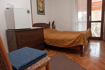Rovinj, Ložnice v ubytování typu room, WIFI.