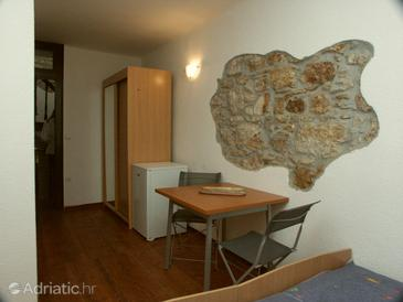 Rovinj, Dining room in the studio-apartment, dopusteni kucni ljubimci.