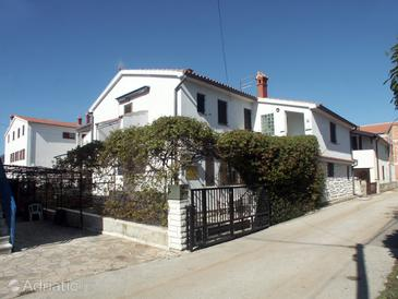 Medulin, Medulin, Property 2276 - Apartments and Rooms with sandy beach.