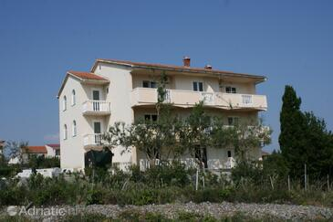 Povljana, Pag, Property 229 - Apartments with sandy beach.