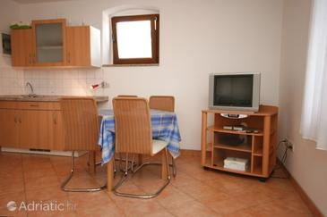 Vrsar, Dining room in the studio-apartment, dopusteni kucni ljubimci.