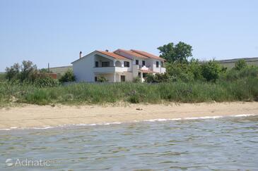 Povljana, Pag, Objekt 230 - Ubytování v blízkosti moře s písčitou pláží.