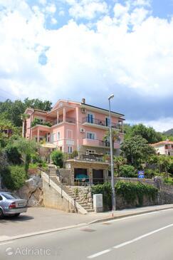 Medveja, Opatija, Objekt 2305 - Ubytování v blízkosti moře s oblázkovou pláží.