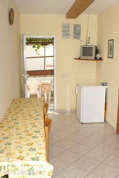 Povljana, Jídelna v ubytování typu apartment, WiFi.