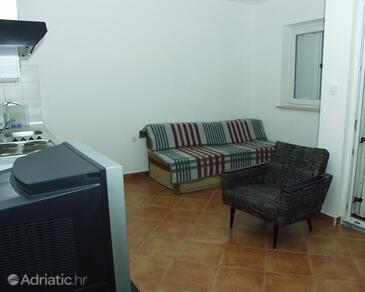 Living room    - A-2323-b