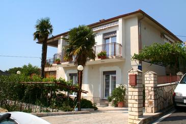 Novi Vinodolski, Novi Vinodolski, Property 2350 - Apartments and Rooms in Croatia.