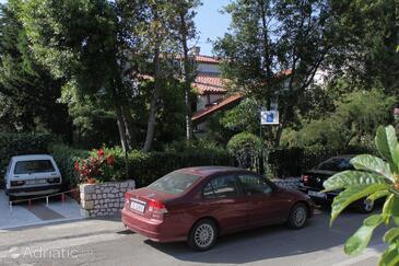 Selce, Crikvenica, Объект 2372 - Апартаменты вблизи моря с галечным пляжем.