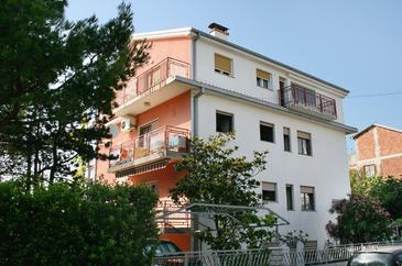 Selce, Crikvenica, Property 2373 - Apartments and Rooms near sea with pebble beach.