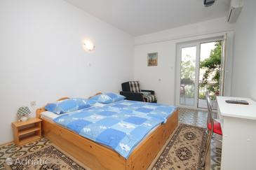 Selce, Bedroom in the room, air condition available and WiFi.