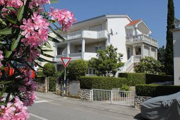 Selce, Crikvenica, Property 2392 - Apartments by the sea.