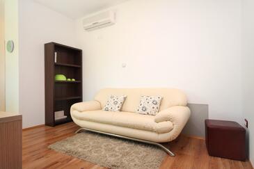 Rovinj, Pokój dzienny w zakwaterowaniu typu apartment, dostupna klima i WIFI.