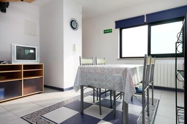 Rovinj, Jadalnia w zakwaterowaniu typu apartment, dostupna klima i WIFI.