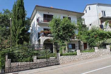 Selce, Crikvenica, Property 2404 - Apartments with pebble beach.