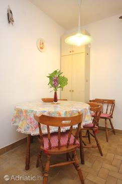 Vis, Dining room in the apartment.