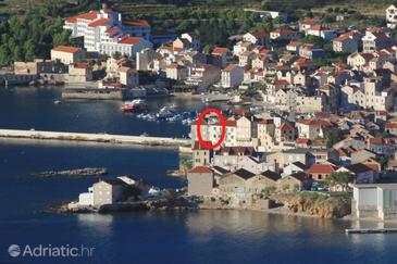 Komiža, Vis, Property 2432 - Apartments and Rooms near sea with pebble beach.