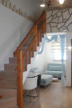 Rukavac, Living room in the studio-apartment, WiFi.