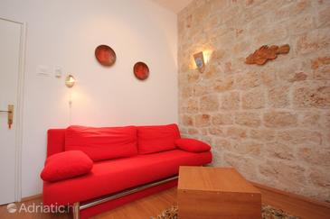 Vis, Living room in the studio-apartment, dostupna klima i WIFI.