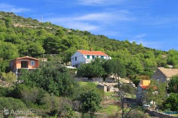 Rukavac, Vis, Property 2469 - Apartments with pebble beach.