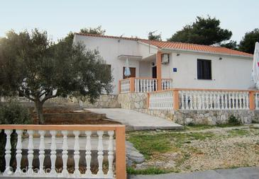Rukavac, Vis, Property 2473 - Apartments with pebble beach.