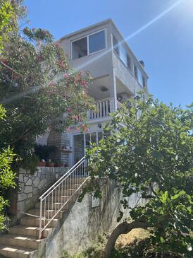 Prigradica, Korčula, Property 248 - Apartments by the sea.