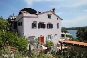 Mali Lošinj, Lošinj, Property 2487 - Apartments by the sea.