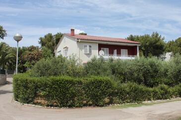 Mali Lošinj, Lošinj, Obiekt 2492 - Apartamenty przy morzu ze żwirową plażą.