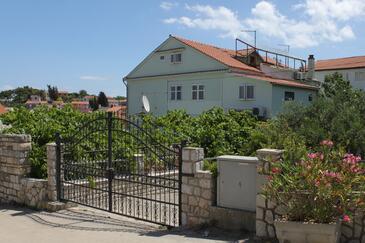 Mali Lošinj, Lošinj, Property 2495 - Apartments and Rooms with pebble beach.