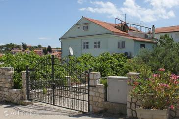 Mali Lošinj, Lošinj, Property 2495 - Apartments and Rooms with pebble beach.