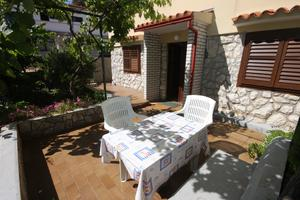 Apartments and rooms with parking space Mali Losinj, Losinj - 2497