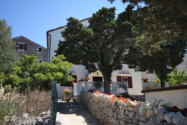 Ćunski, Lošinj, Imobil 2498 - Apartamente și camere cu plajă cu pietriș.
