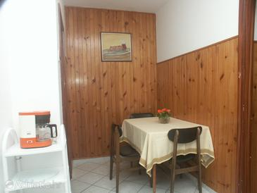 Mali Lošinj, Dining room in the apartment.