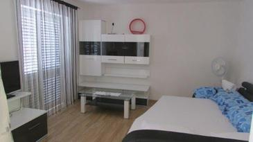 Žuljana, Obývacia izba v ubytovacej jednotke apartment, klimatizácia k dispozícii a WiFi.