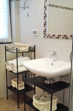 Koupelna    - A-2528-a