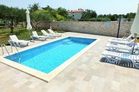 Family friendly apartments with a swimming pool Babići (Umag) - 2531