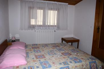 Novigrad, Bedroom in the room, dopusteni kucni ljubimci.