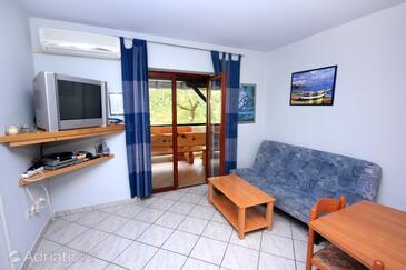 Paolija, Obývací pokoj v ubytování typu apartment, s klimatizací a WiFi.