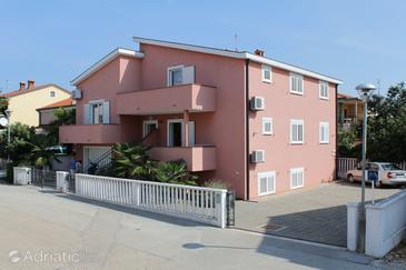 Umag, Umag, Property 2548 - Apartments with sandy beach.