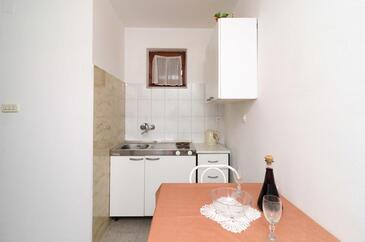 Kuchyně    - A-256-b