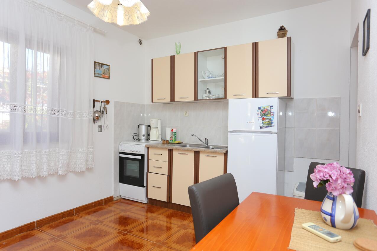 Ferienwohnung Studio Appartment im Ort Slatine (iovo), Kapazität 2+1 (1013566), Slatine, , Dalmatien, Kroatien, Bild 3