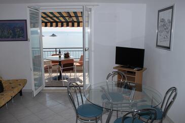 Seget Vranjica, Jedáleň v ubytovacej jednotke apartment, dostupna klima, dopusteni kucni ljubimci i WIFI.